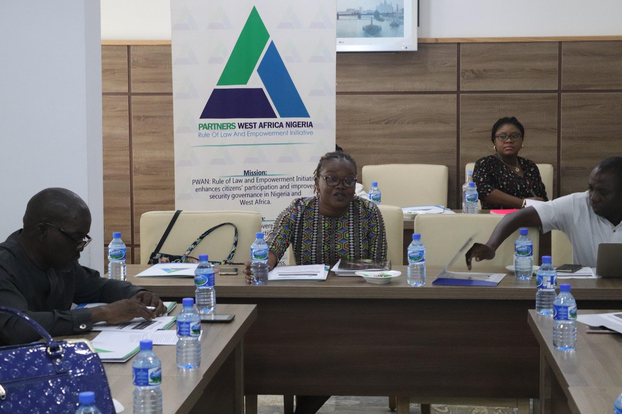 ATELIER DE VALIDATION SUR AU-DELA DU VOTE: AUGMENTER LA PARTICIPATION DES FEMMES AU PROCESSUS POLITIQUE